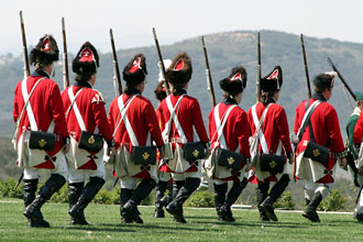 British troops - redcoats marching